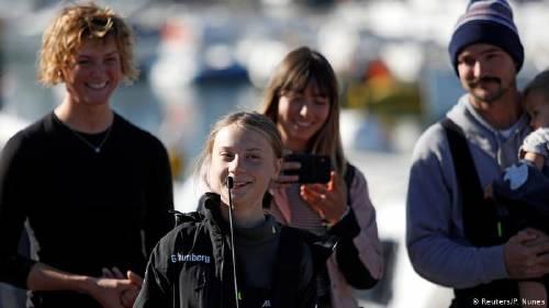 Greta Thunberg llega a Madrid tras viaje en tren de 10 horas desde Lisboa