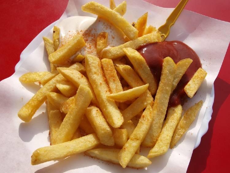 Frituras y comida chatarra: alimentos que dañan el cerebro