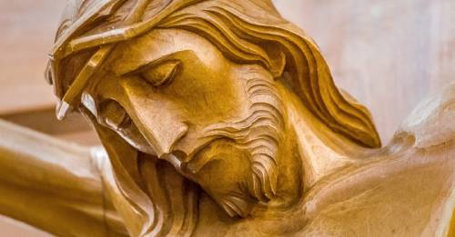 Arqueólogos dicen haber encontrado los fragmentos de la cruz de Jesús