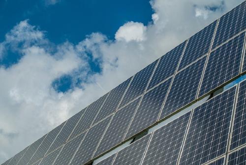 Energía solar: Cómo funciona y cuáles son sus ventajas y desventajas