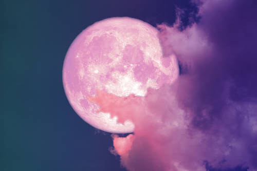 Prepárate para disfrutar de la superluna rosa de abril