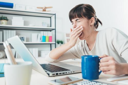 Fatiga tras la COVID-19: ¿culpa del virus o estrés postraumático?