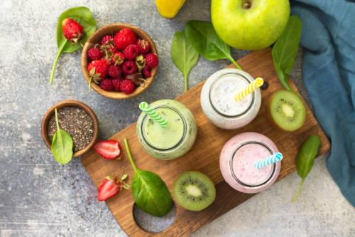 2 jugos verdes para bajar de peso de forma sana y natural