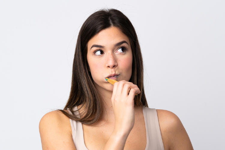 Esta es la razón por la que no debes cepillar tus dientes después de desayunar