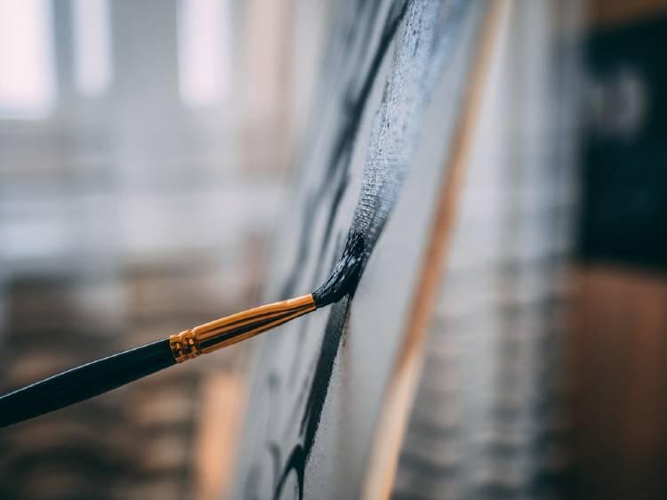 pintura con pincel