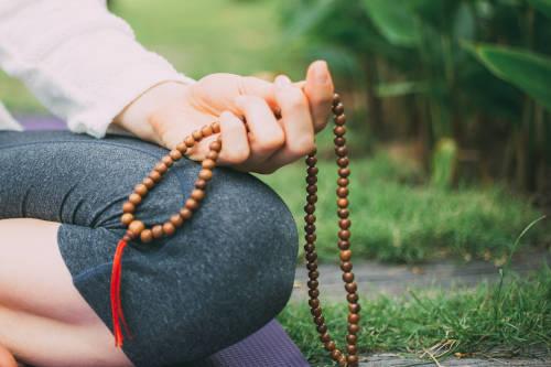 meditacion con japa mala, el rosario hindu