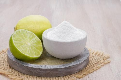 Cómo quitar manchas de manera natural con ingredientes que tenemos en casa