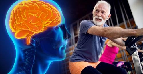 Adultos que se ejercitan más pueden proteger su cerebro de la demencia