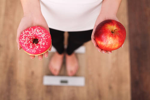 ¿Por qué hay gente que engorda aunque coma poco?