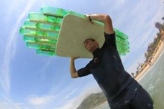 Tablas de surf con botellas Pet