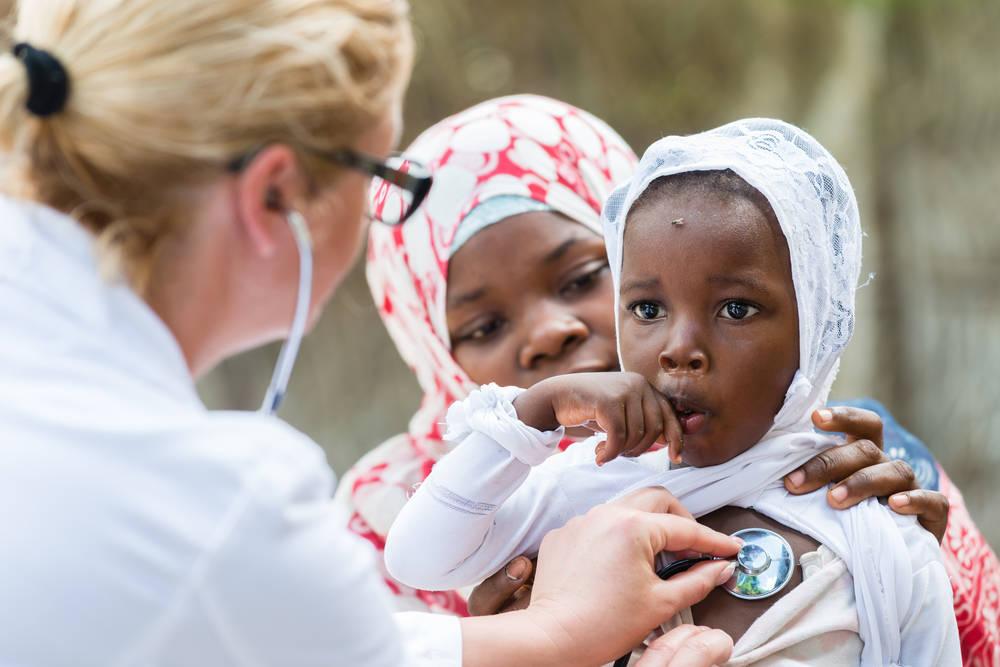 La emotiva reacción de la última panciente con ébola al ser dada de alta