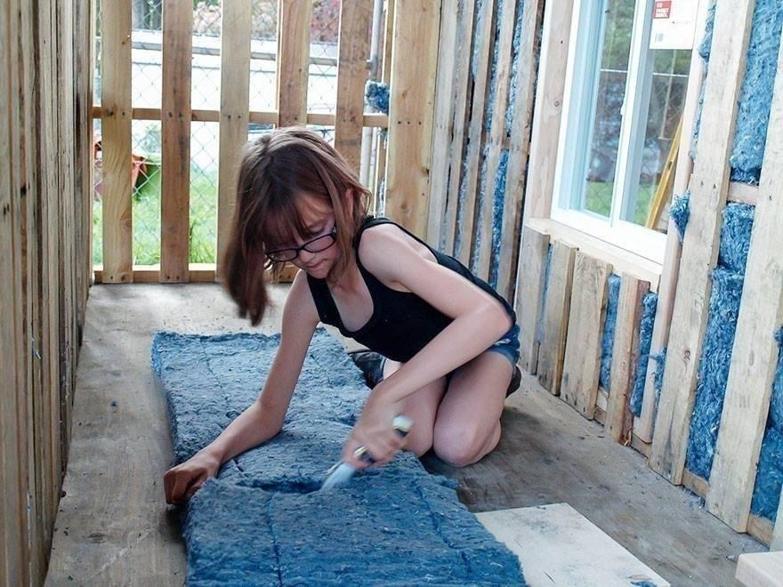 Una niña de 9 años que construye casas para los sin techo