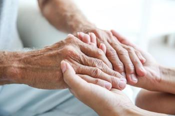 manos-anciano