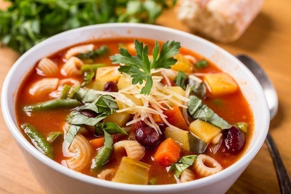 Sopa estilo italiano ¡Sin gluten ni lácteos y estará lista en minutos!