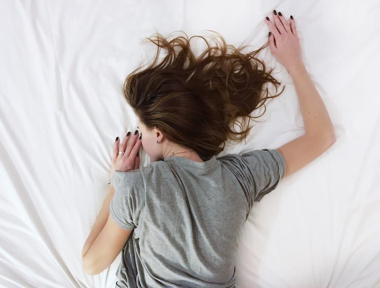 Hablar dormido puede provocar insomnio