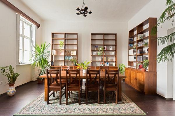 5 opciones naturales para limpiar tus muebles de madera - 4 opciones para restaurar muebles de madera ...