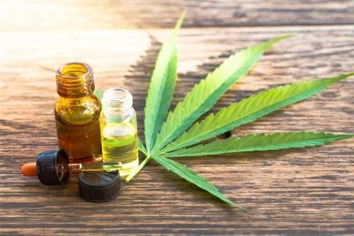 Inician ensayos médicos con aceite de cannabis en los hospitales