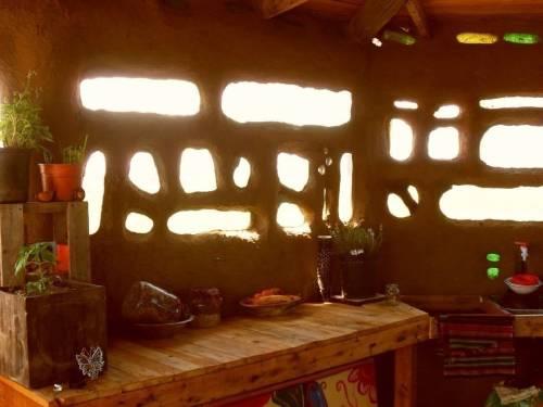 Aprueban la construcción de casas de adobe en distintas ciudades de Argentina