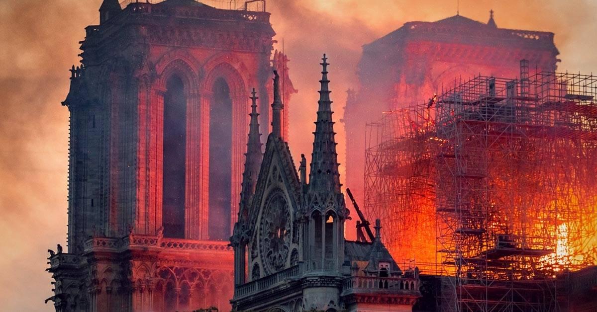 El incendio de Notre Dame y otras tragedias que ocurrieron un 15 de abril