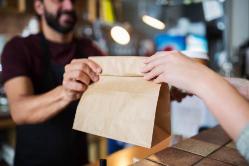 Bolsas de papel: ¿son tan sustentables como parecen?