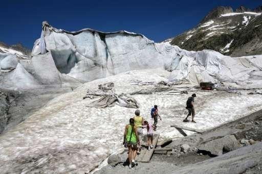 Las mantas reducen el derretimiento del hielo hasta en un 70 por ciento