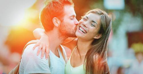 Eran ex pareja y se reencontraron (por casualidad o destino) en un semáforo