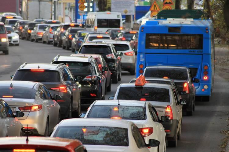 traffic-jam-4522805_1920