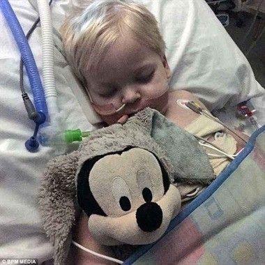 Dylan padecía una extraña enfermedad: histiocitosis pulmonar de células Langerhans