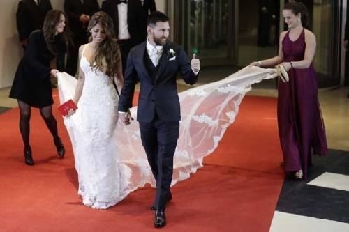 ¿Qué podría haberse hecho con el dinero que se gastó en la boda de Messi?