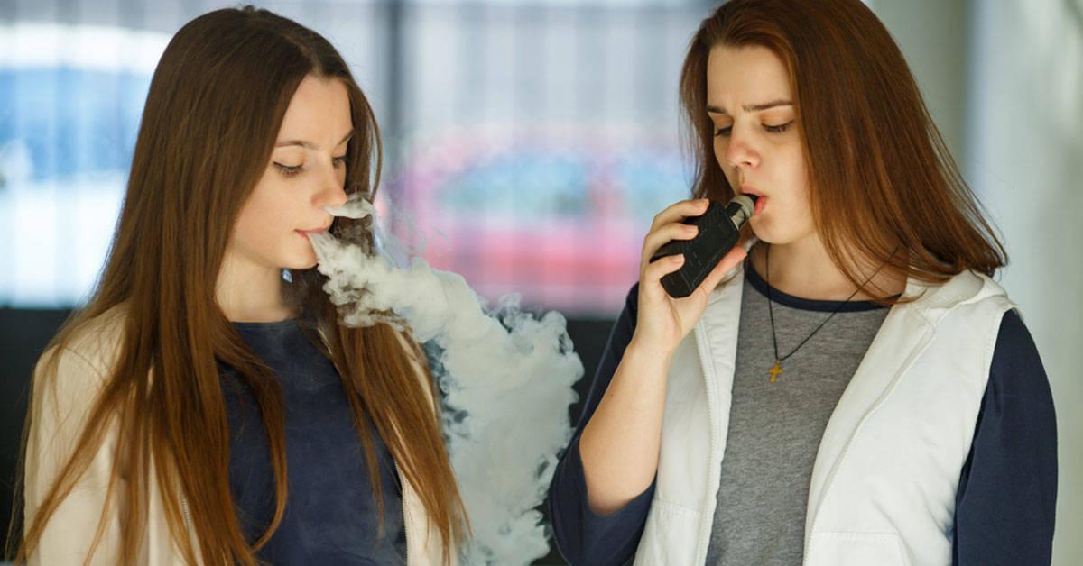 Alerta tras cientos de casos de una enfermedad pulmonar relacionada con el vapeo