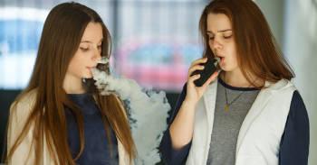 Alerta tras cientos de casos de una enfermedad pulmonar relacionada con el \'vaping\'
