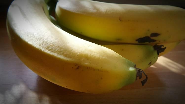 Cómo cocinar la piel de plátano