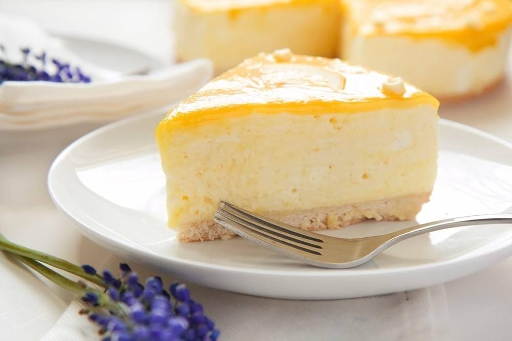 Tarta de mousse de limón y yogurt