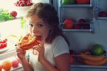 comer deshora