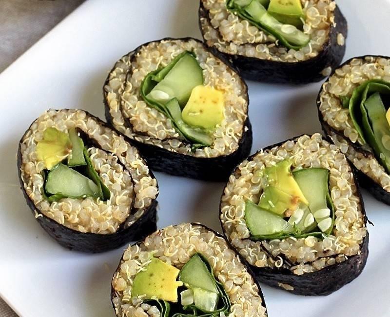 Sushi de aguacate y quinoa