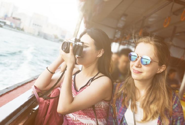 Turistas en barco