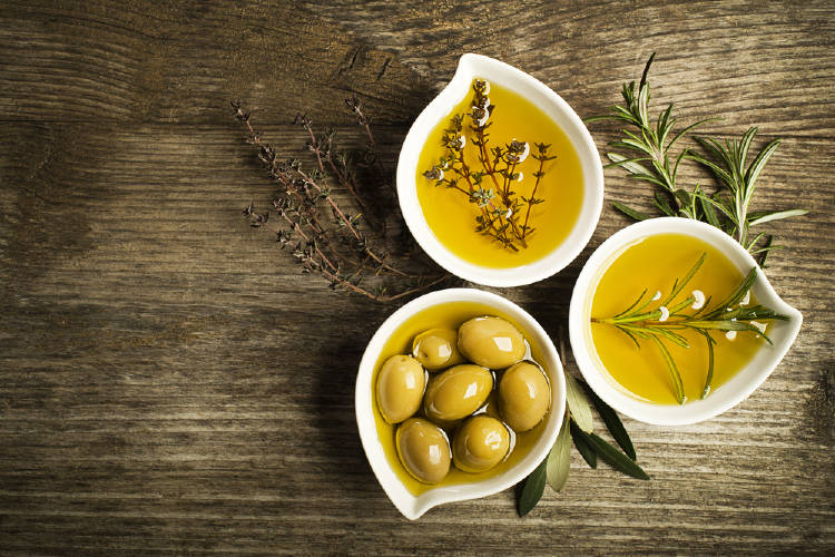 Aceite de oliva con hierbas