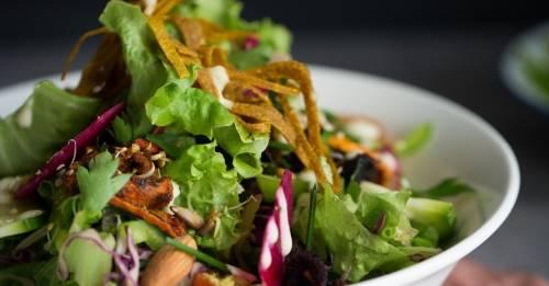 """Esta receta de ensalada \""""pura enzima\"""" es 100% vegana y deliciosa"""