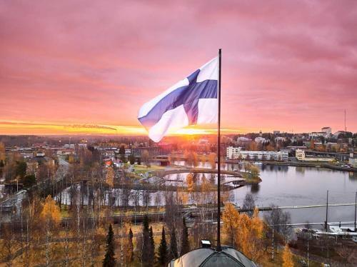Finlandia ofrece vacaciones gratis para personas que quieran aprender a ser felices