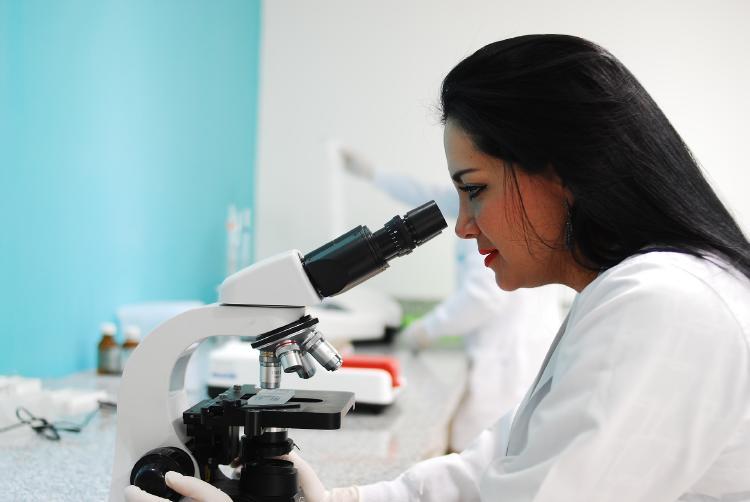 Biontech y Pfizer prueban la primera vacuna contra el cáncer en humanos