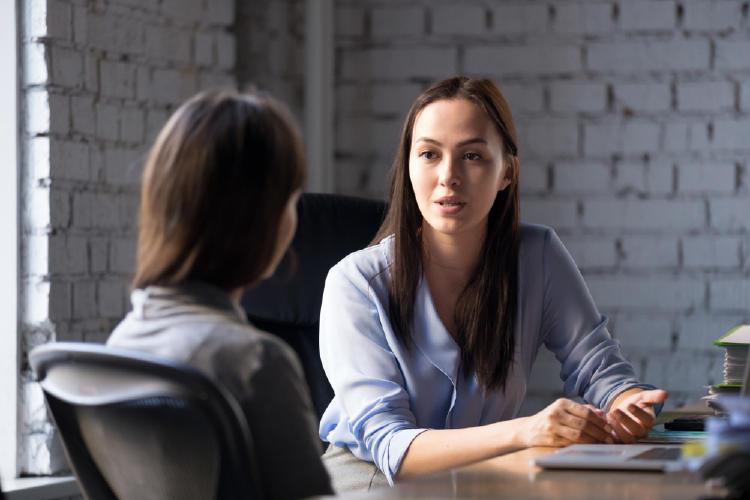 conversación trabajo mujeres