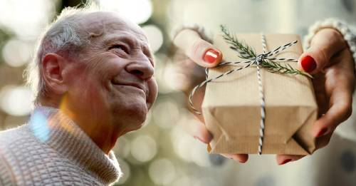 Este tierno abuelo sabía que le quedaba poco tiempo y le dejó 14 regalos de Navi