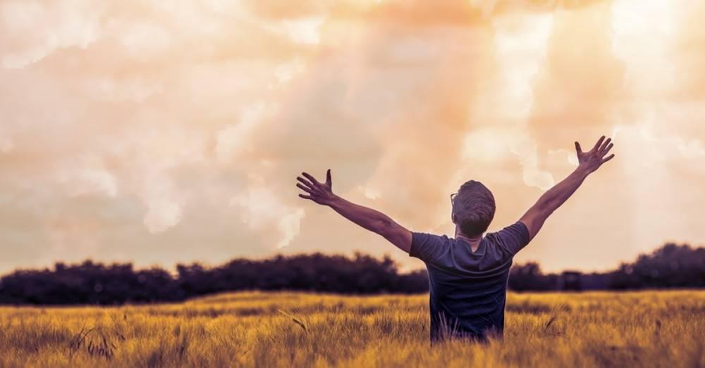 Las 7 leyes del éxito de Deepak Chopra que te llevarán a donde quieres estar