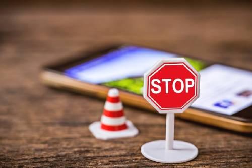 Perú: proyecto quiere prohibir que menores de 14 años usen redes sociales