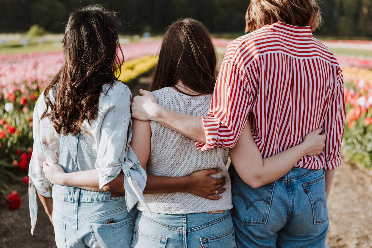 """Los vínculos """"brazos"""": descubre cómo se relacionan los eneatipos"""