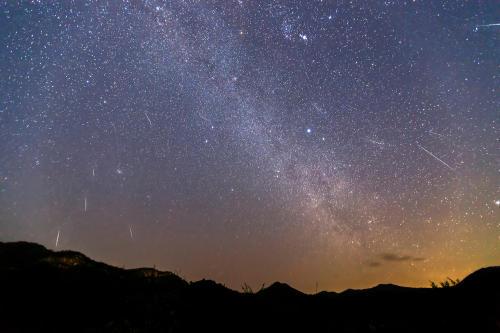 Una lluvia de estrellas iluminará el cielo durante las noches del 4 y 5 de Mayo