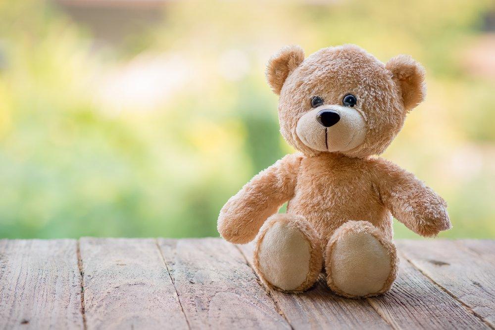 Niño con autismo llama al 911 porque perdió su oso de peluche