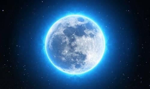 Éstos serán los signos a los que más afectará la Luna Azul de este mes