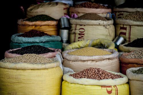 granos enteros y legumbres