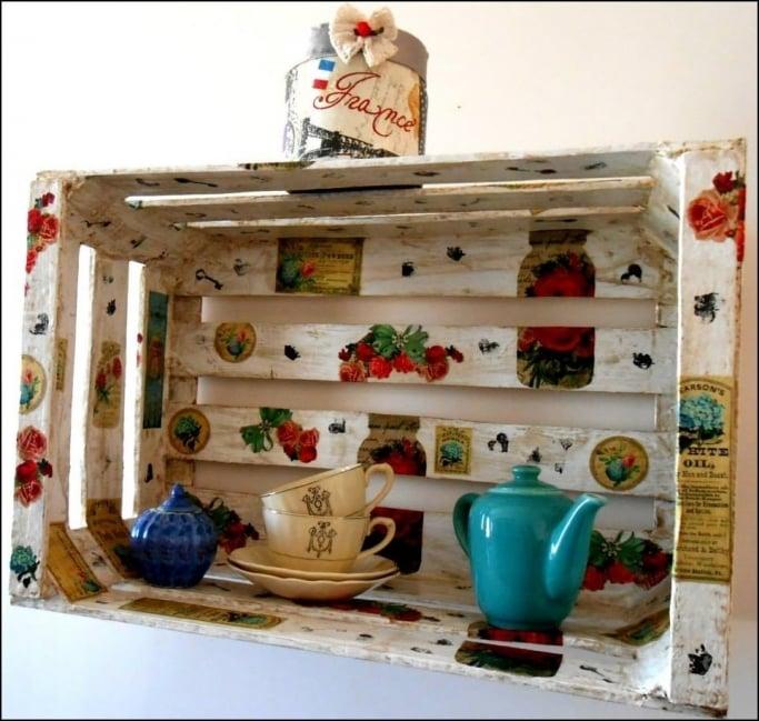 Como Reciclar Cajones De Frutas Con La Tecnica Del Decoupage - Objetos-reciclados-para-decorar